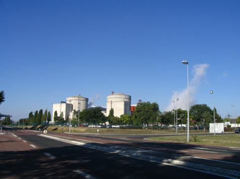 BAT La centrale EDF D'Avoine