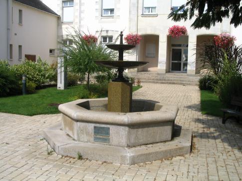 BAT La fontaine de Oudon